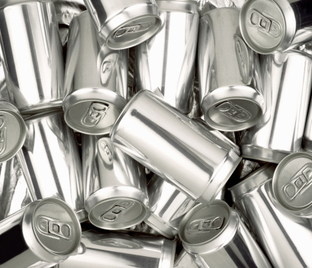 istock Pile of Silver aluminum soda cans without labels 172792976