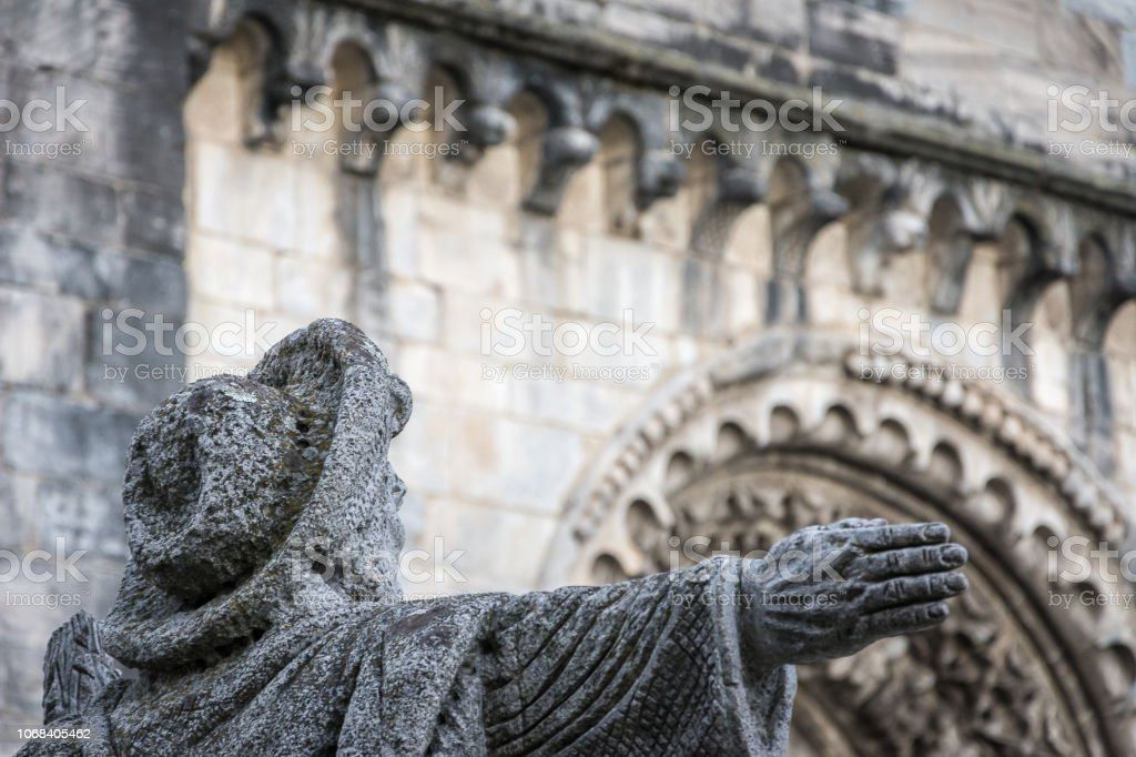 Pilger-Statue. – Foto