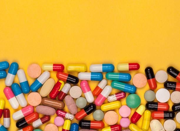 pill. - таблетка стоковые фото и изображения