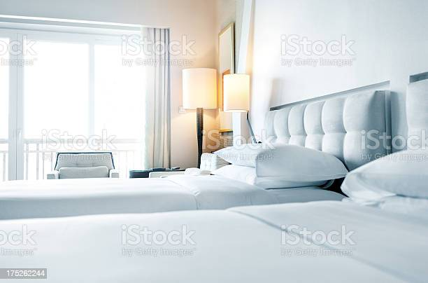 Pillows arranged on bed picture id175262244?b=1&k=6&m=175262244&s=612x612&h=o yrk6 hn3psjwjcscx8wncmklga3sds4j5m ko2tlk=
