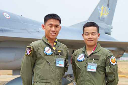 istock Pilot and copilot - brothers in arms 536750281
