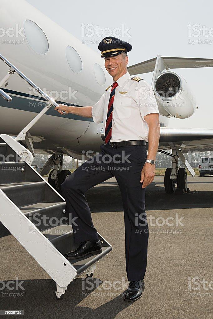 パイロット搭乗飛行機 ロイヤリティフリーストックフォト