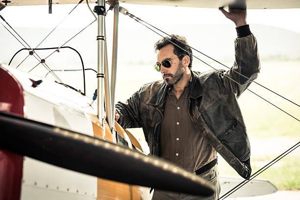 Vorbereitung seines Flugzeug Pilot – Foto