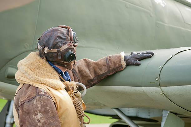 raf ww2 flugzeug pilot mit - mae west stock-fotos und bilder