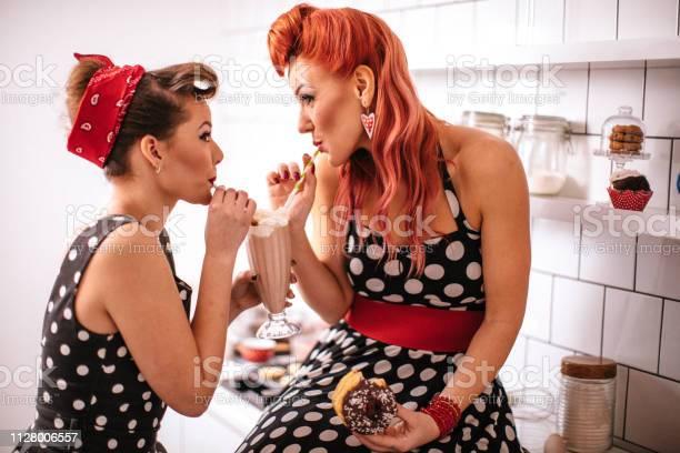 Pin up girls making cookies