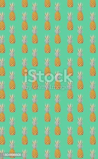 Pineapple seamless pattern green background