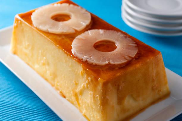 ananas-pudding - ananaskuchen stock-fotos und bilder