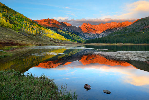 Piney Lake Piney Lake near Vail Colorado at Sunset vail colorado stock pictures, royalty-free photos & images