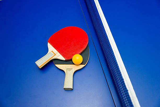 Table De Ping Pong - Photos et Images Libres de Droits - iStock