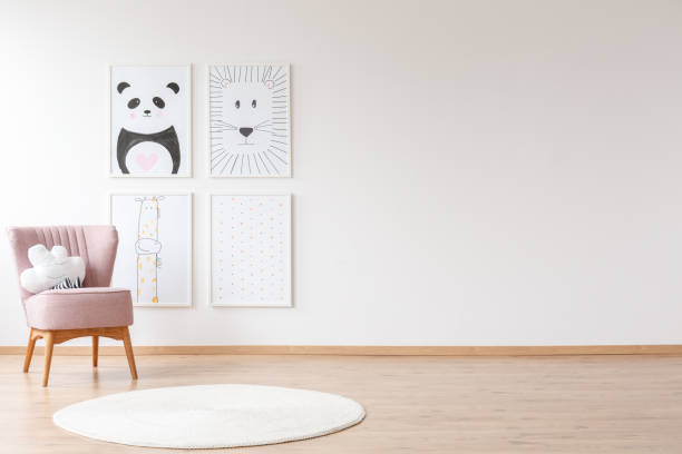 Rosa Sessel im Kinderzimmer – Foto
