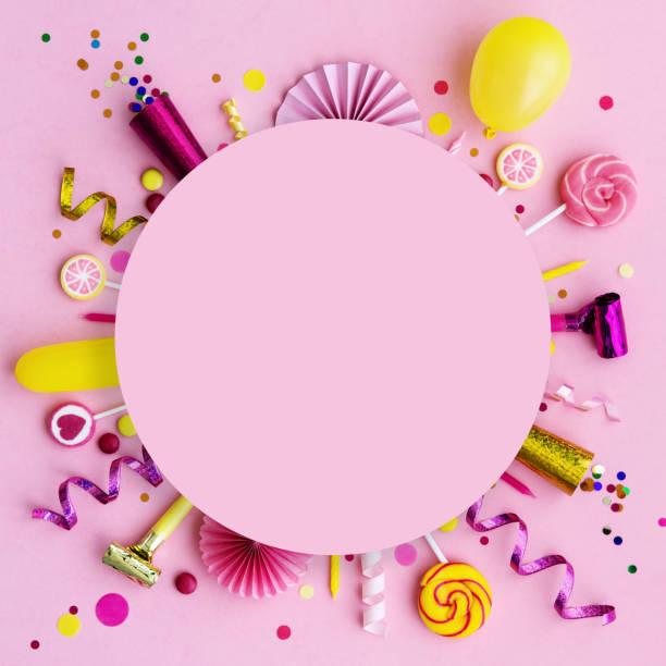 Rosafarbener Geburtstagshintergrund – Foto