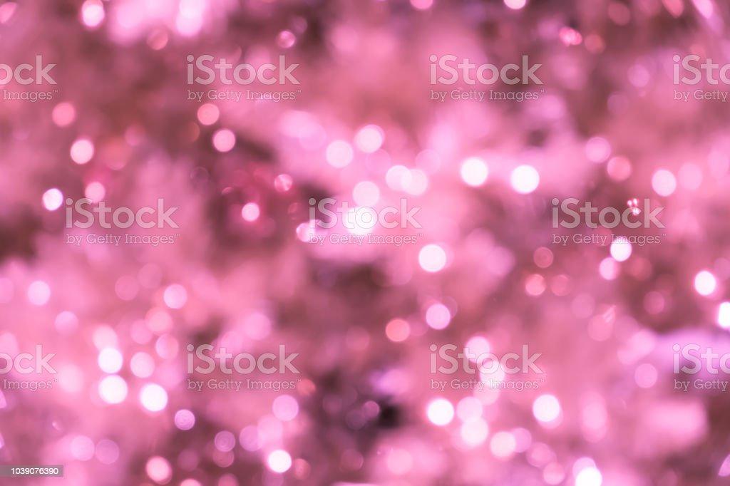 Rosa fundo borrado com bokeh luzes/closeup de árvore de Natal rosa turva com luzes - foto de acervo