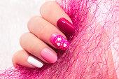ピンクの桜ネイル デザインです。