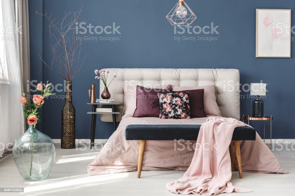 粉紅色的花朵,在玻璃花瓶圖像檔