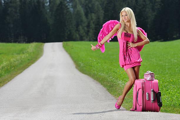 pink glamour angel trampen-sexy pin-up (xxxl - barbiekleidung stock-fotos und bilder
