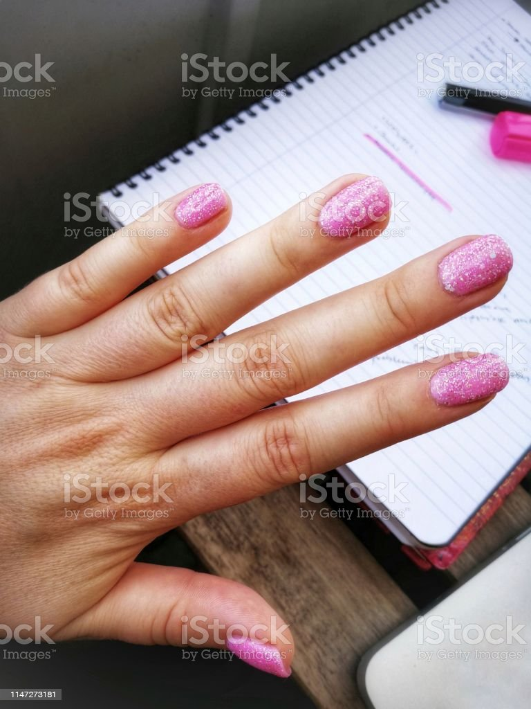 Pink nailpolish with glitter