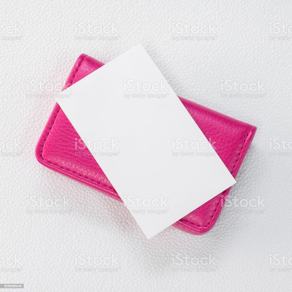 Witte Leren Portemonnee.Roze Leer Kaarthouders En Witte Kaart Op Synthetische Witte