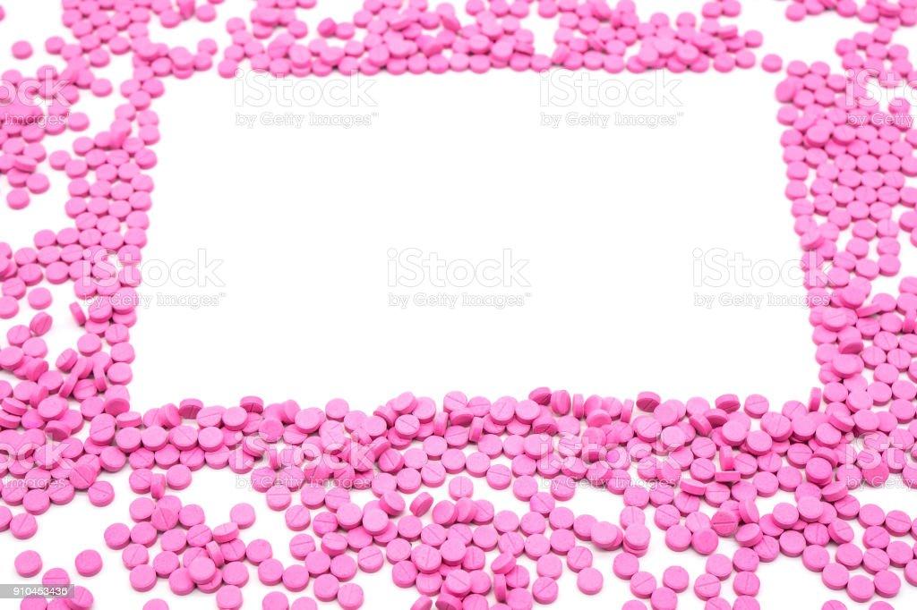 Rosa Pille ist rechteckiger Rahmen. Gesundheitswesen und Medizin Kreativkonzept isoliert auf weißem Hintergrund. Platz für Text und Bilder – Foto