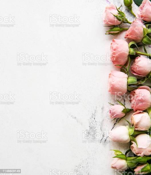 Pink roses frame picture id1146609149?b=1&k=6&m=1146609149&s=612x612&h=jwoopj5f3ipsrk6sdj dikdftnvwtr2 p6zlwtfeo i=