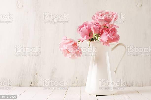 Pink roses in jug picture id541272400?b=1&k=6&m=541272400&s=612x612&h=8ri0faano6koyvohpgeaxeqjbxphzlktzy0434p5tpc=