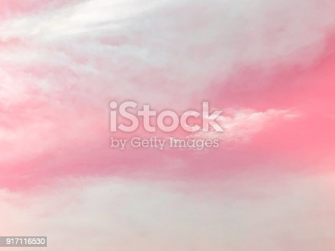 917116520 istock photo Pink sky and cloud background 917116530