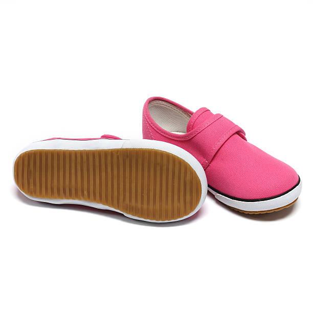 pink-sneaker - babyschuhe nähen stock-fotos und bilder