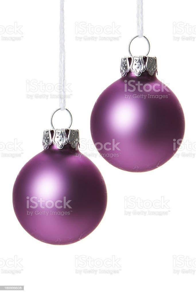 Christbaumkugeln Cremefarben.Pinke Christbaumkugeln Isoliert Hängend Mit Weißem Hintergrund Stock
