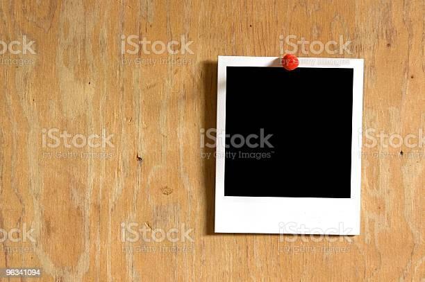 Zdjęcia Przypięty Do - zdjęcia stockowe i więcej obrazów Bez ludzi