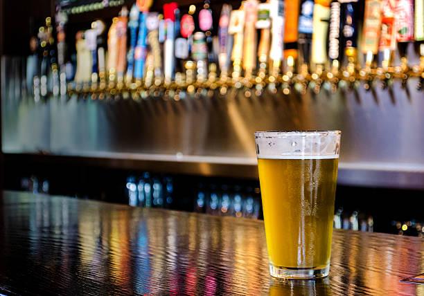Pint of beer on the bar picture id480802190?b=1&k=6&m=480802190&s=612x612&w=0&h=ch lg8vx3egvzcqs3djsrqjqgh04r4mkrldmyai 5qa=