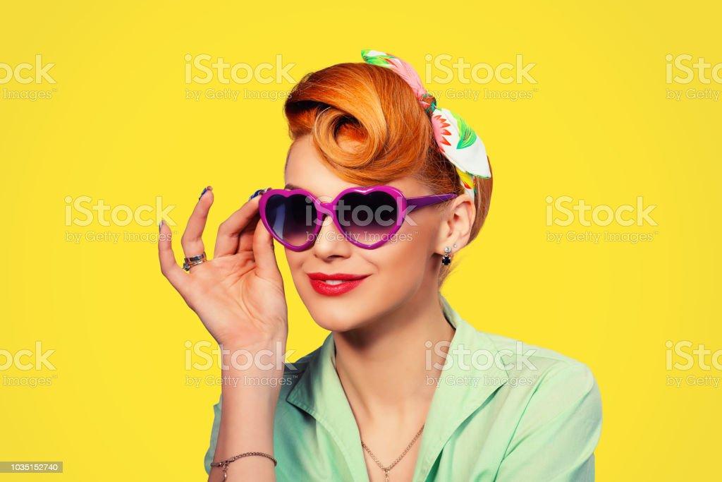 Photo Pinup Années Droit 50 Libre Femme Avec Rétro De Vintage Nn0wvm8O