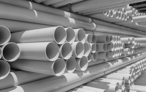 PVC-Rohr im Lager gestapelt – Foto