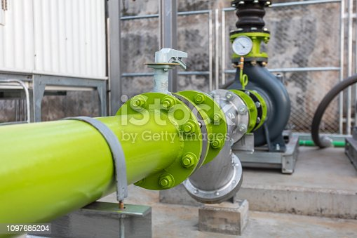 Connecting valve the water pipe on the consumer industry.