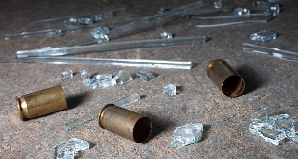 Pistol Messing und Glas – Foto