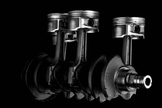 Pistons and crankshaft Pistons and crankshaft piston stock pictures, royalty-free photos & images
