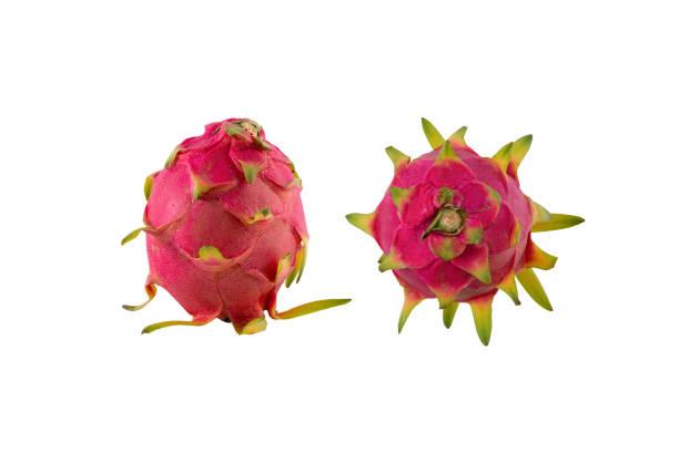 pitaya frucht, isolierten weißen hintergrund. - kaktusfrucht stock-fotos und bilder
