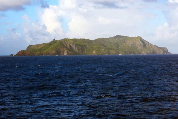 Pitcairn Island im Morgengrauen – Foto