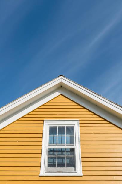 lägrade tak detalj - solar panel bildbanksfoton och bilder