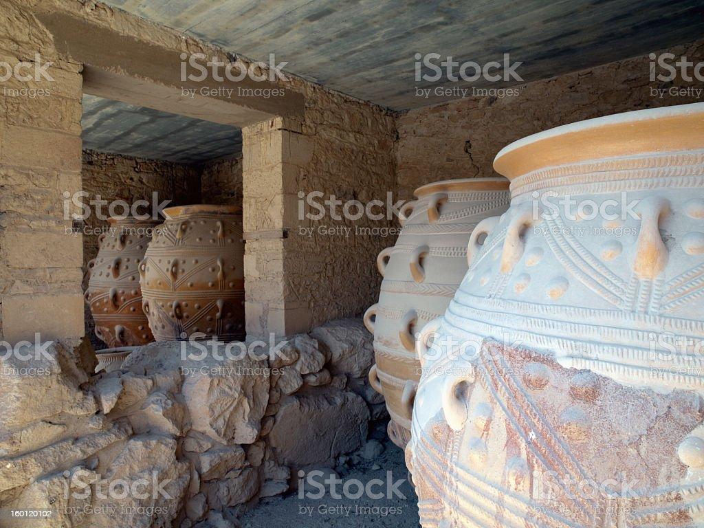 Pithos de Cnossos Temple. - Photo