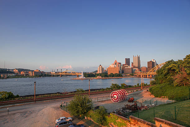 Pittsburg Pittsburg, Pennsylvania, skyline, twilight, city pittsburgh bridge stock pictures, royalty-free photos & images