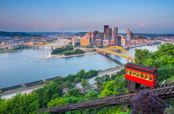 Pittsburgh, Pennsylvania, USA. Bridge - Built Structure, City, Cityscape, Famous Place, Monongahela River pittsburgh stock pictures, royalty-free photos & images
