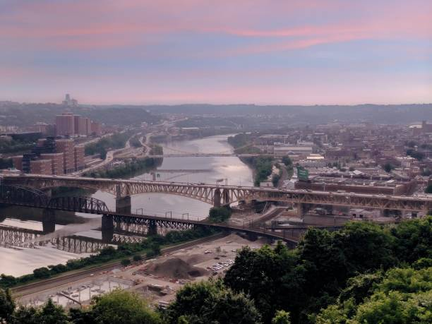 Pittsburgh View from above of a Pittsburgh Pennsylvania monongahela river stock pictures, royalty-free photos & images