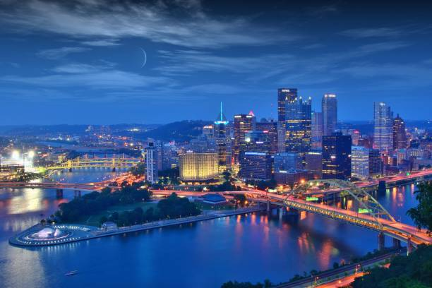 Pittsburgh Pittsburgh skyline at night pittsburgh stock pictures, royalty-free photos & images