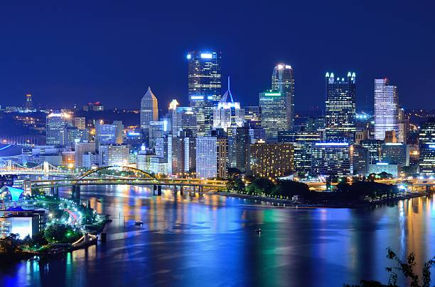 Pittsburgh Skyline Business district of Pittsburgh, Pennsylvania, USA at the  confluence of the Allegheny and Monongahela rivers, forming the Ohio River. monongahela river stock pictures, royalty-free photos & images