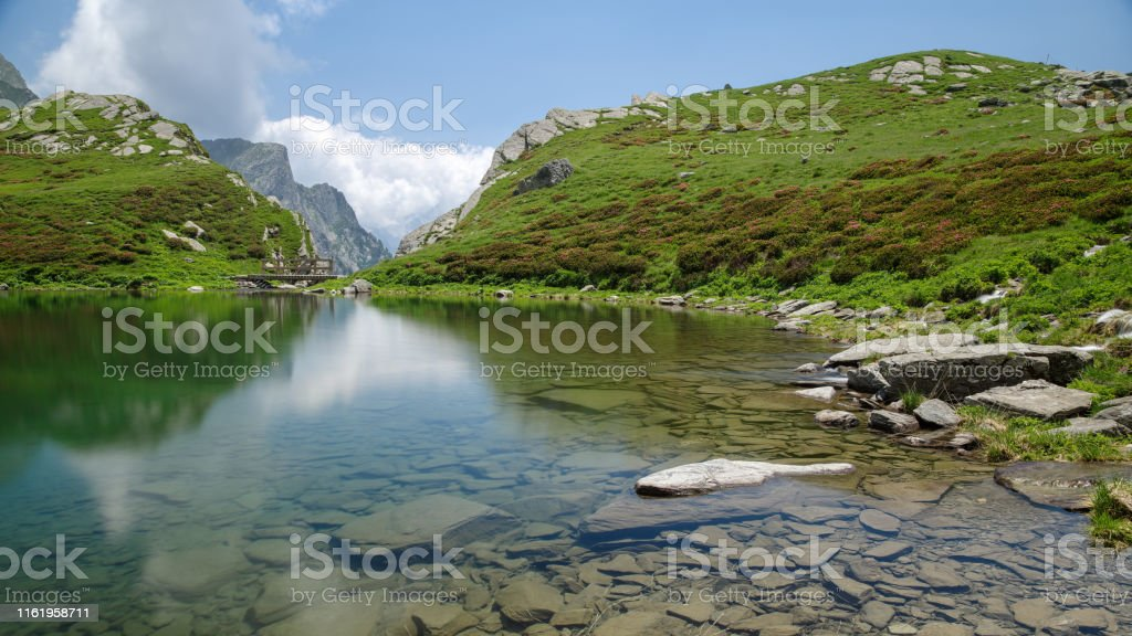 Piuro, Sondrio, Lombardy, Italy, June 29, 2019 - Lake of Acquafraggia (2043 m) - Стоковые фото Без людей роялти-фри