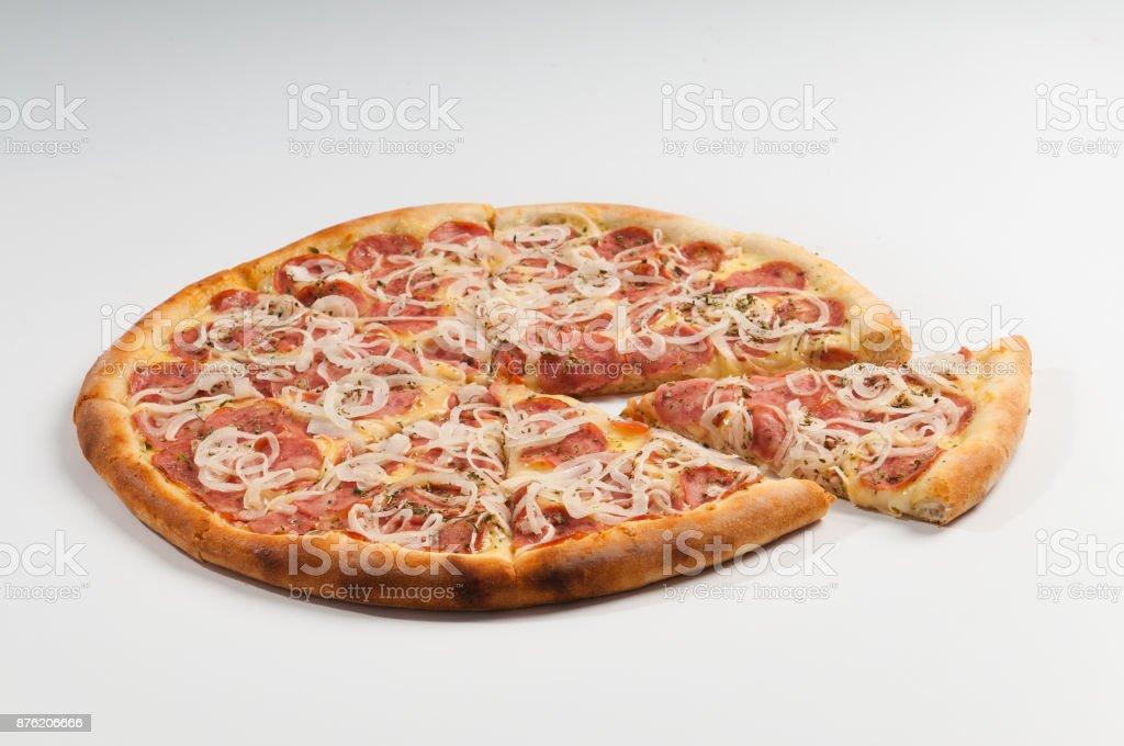 Pizza de Calabresa com Cebola stock photo