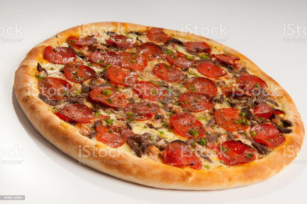 Pizza de Pepperoni e filé mignon stock photo