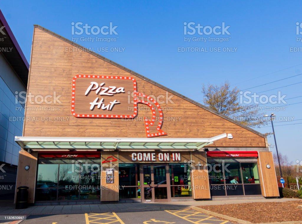 Foto De Pizza Hut Em Silverlink Wallsend Reino Unido E Mais