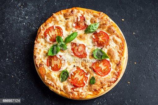 istock Pizza Margherita 686957124
