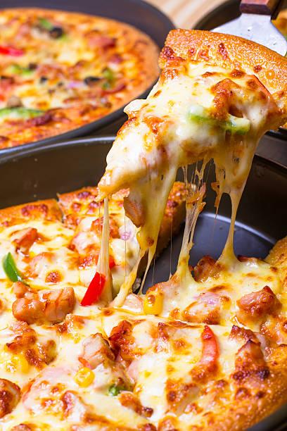 pizza - pengpeng stock-fotos und bilder
