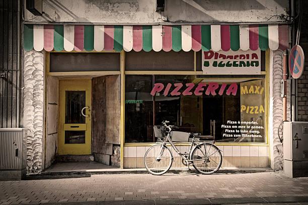 pizzeria - pizzeria stock photos and pictures